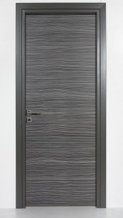Εσωτερική πόρτα  με καπλαμά zebrano