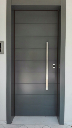 Πόρτα ασφαλείας  ΛΟΥΣΤΡΑΡΙΣΤΗ RAL